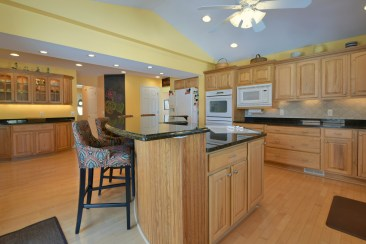 Island Kitchen with Breakfast Bar