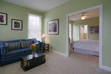 Bedroom 5 Sitting Area