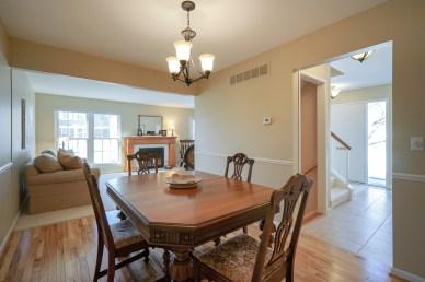 Dining Room w Hardwood floors