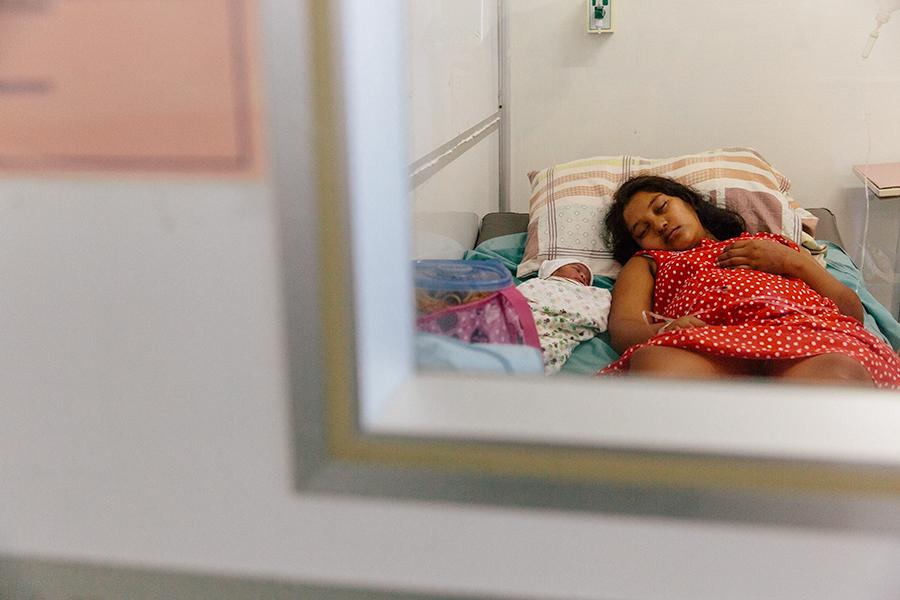 guyana-11072014-d6c1108-Edit Maternity Wards: Guyana Photography Projects Travel