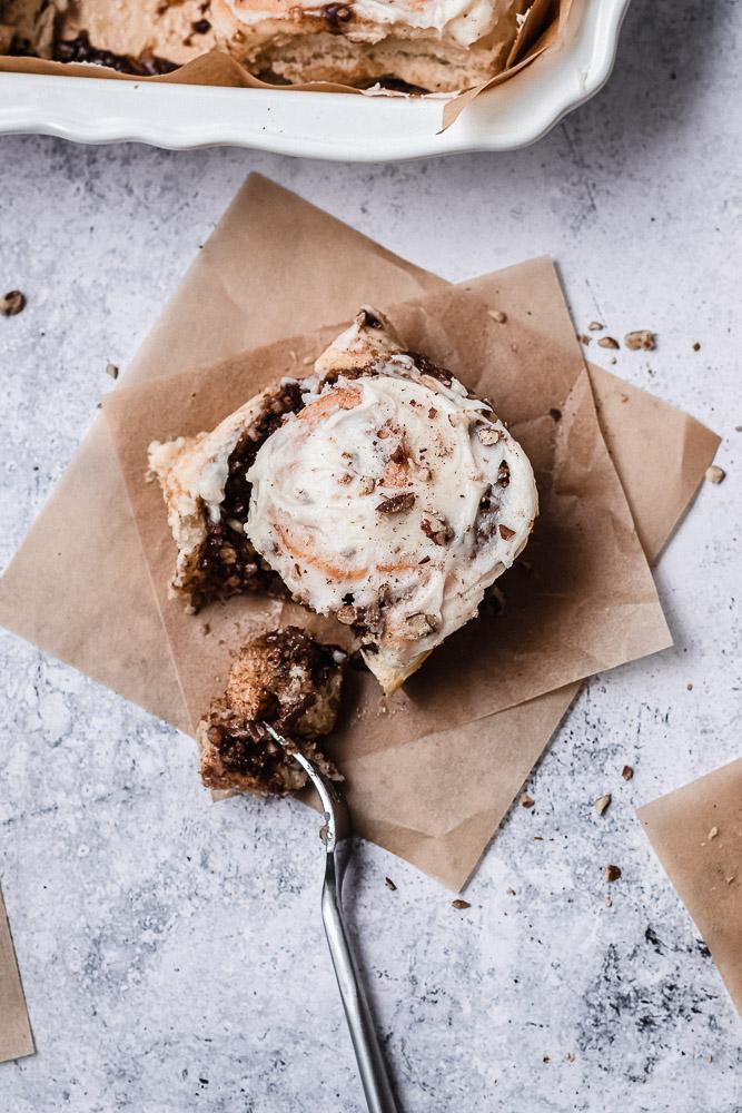 pecan cinnamon roll