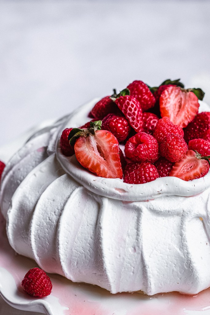 close up of pavlova