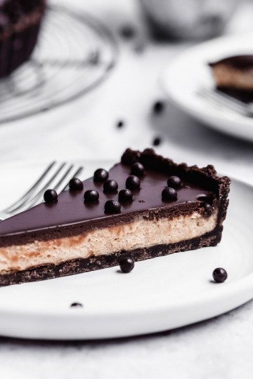 close up of the inside of chocolate peanut butter tart
