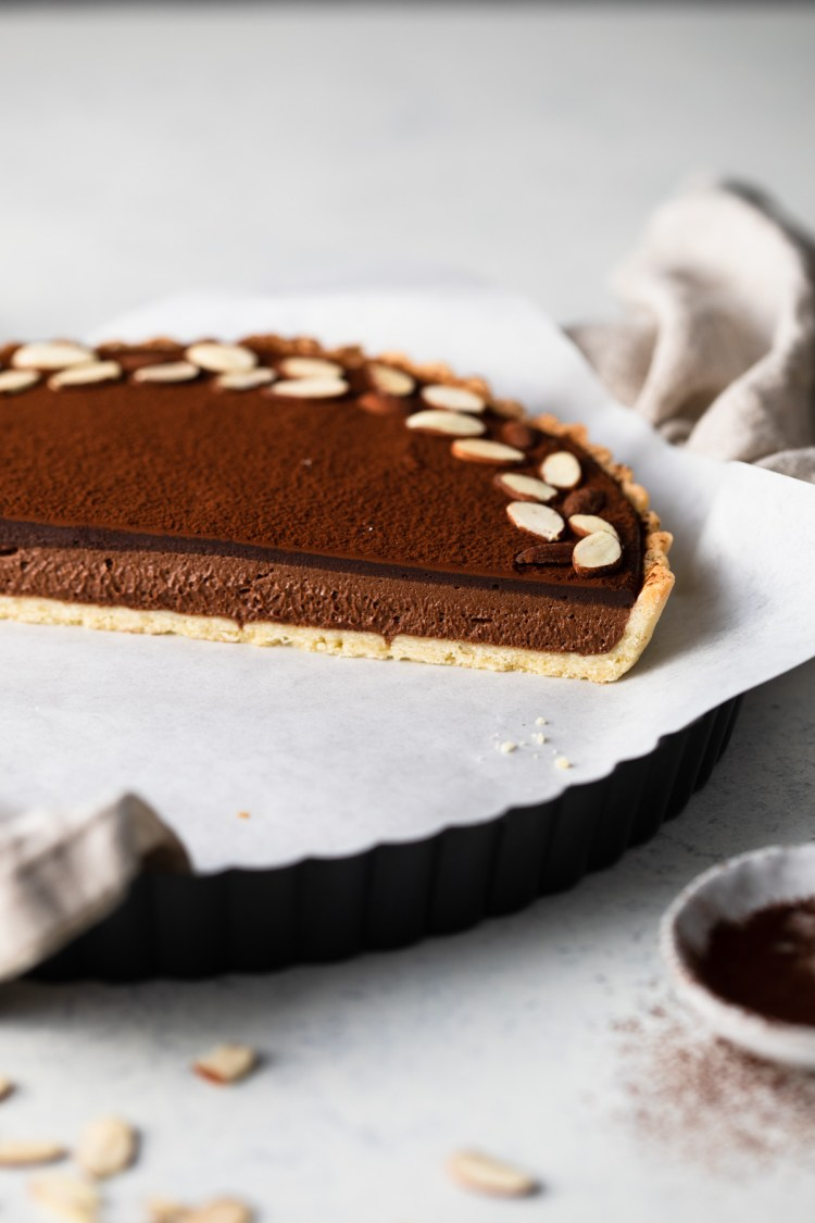 inside of the chocolate caramel mousse tart