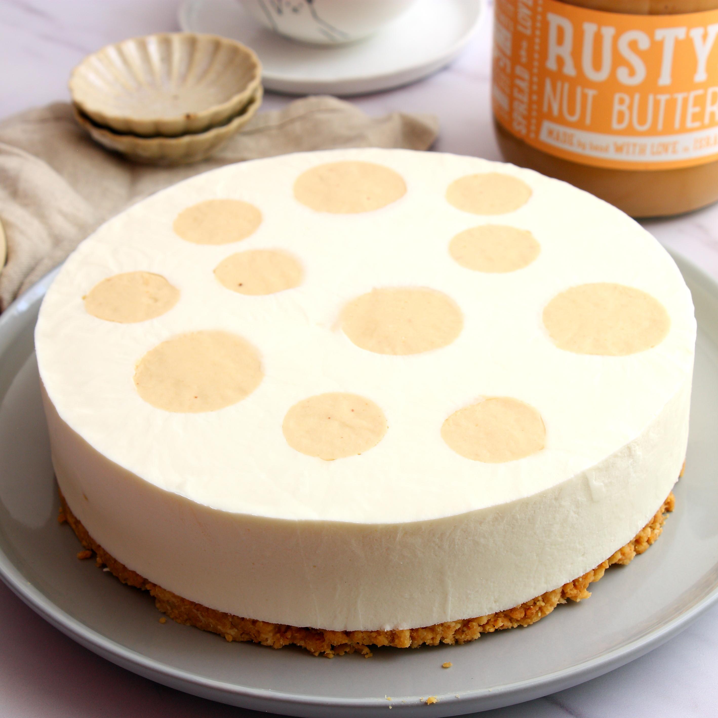 עוגת גבינה וחמאת בוטנים