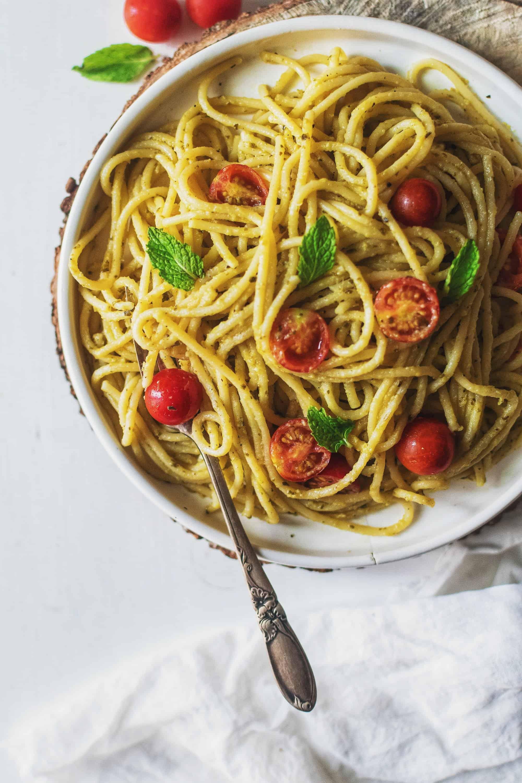 Hummus Pasta Recipe! (only 3 ingredients!)