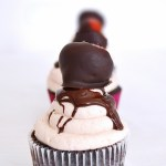 Chocolate Cupcakes With Chocolate Covered Strawberries