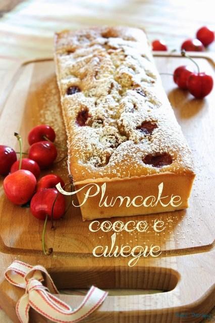 Plumcake cocco e ciliegie