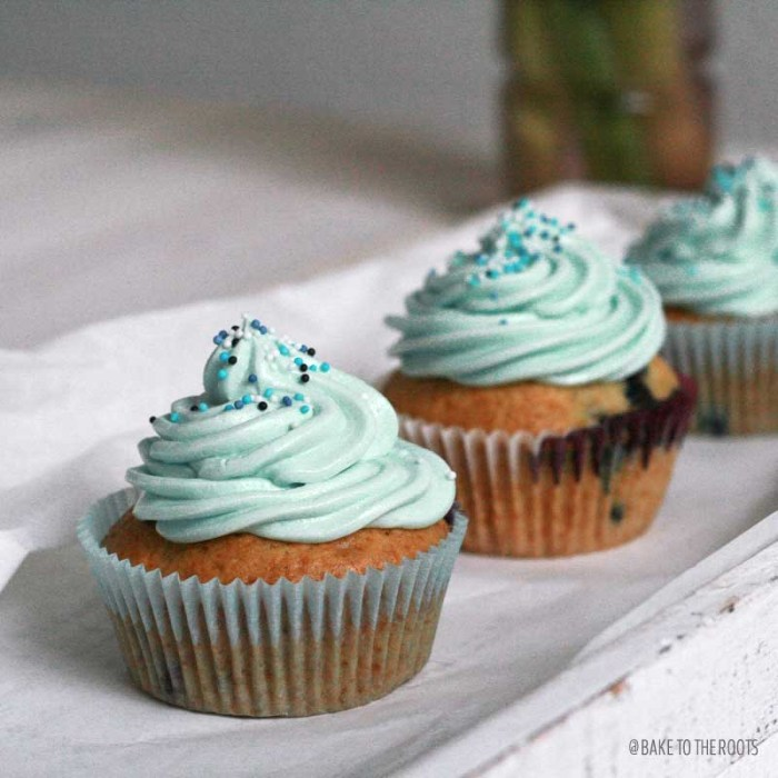 Vegan Blueberry Cupcakes | Bake to the roots