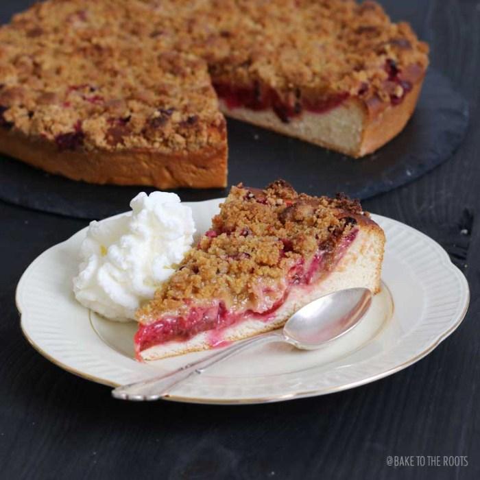 Zwetschgenstreusel | Bake to the roots