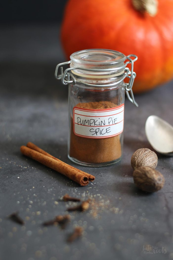 Homemade Pumpkin Pie Spice | Bake to the roots