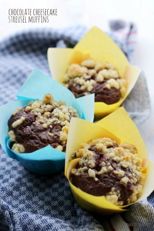 Chocolate (Nougat) Cheesecake Streusel Muffins