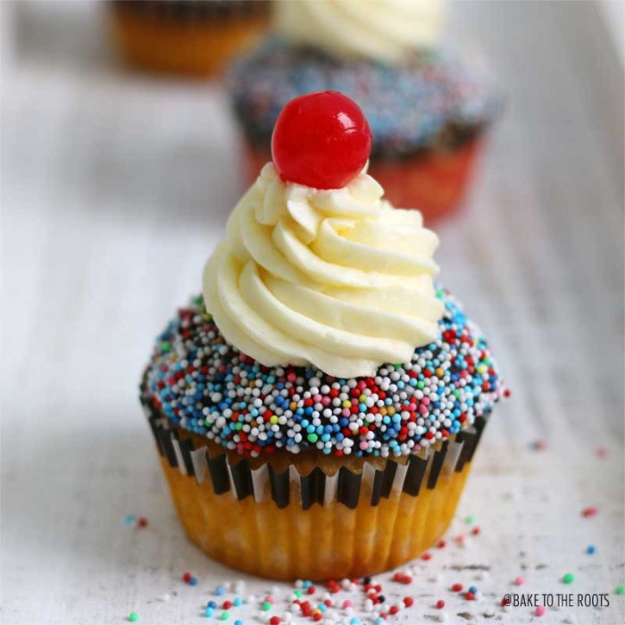 Banana Split Cupcakes | Bake to the roots