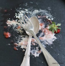 Mini Pavlovas with Strawberry Rhubarb Compote | Bake to the roots