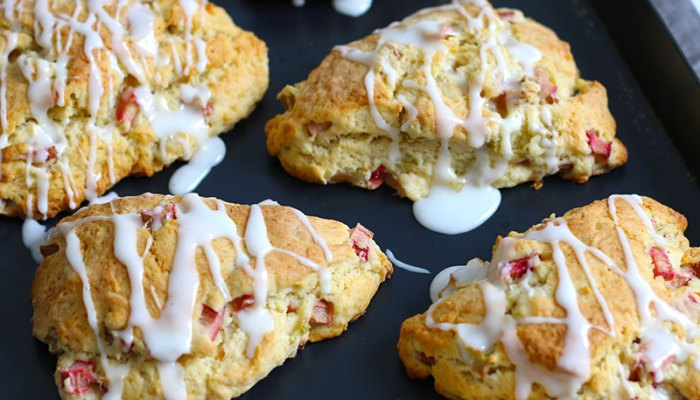 Rhubarb Vanilla Scones | Bake to the roots
