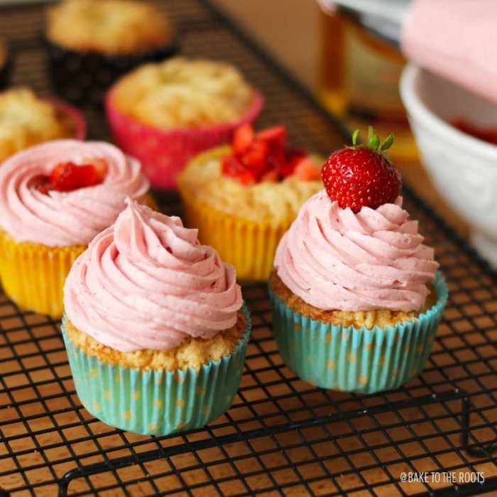 Very Strawberry Cupcakes | Bake to the roots