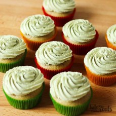 Vegan Matcha Cupcakes | Bake to the roots