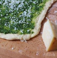 Grünkohl Franzbrötchen | Bake to the roots