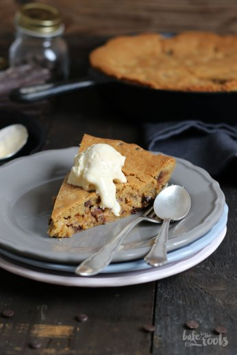 Deep Dish Chocolate Chip Cookie | Bake to the roots