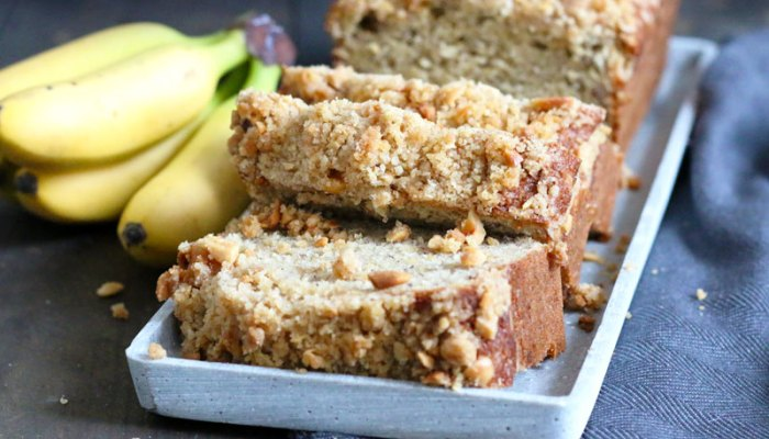 Browned Butter Banana Bread with Peanut Streusel   Bake to the roots