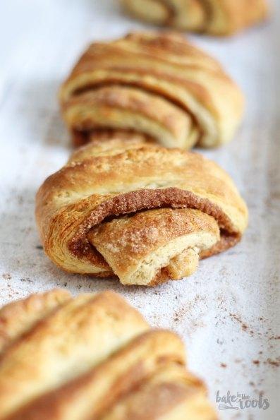 Hamburger Franzbrötchen   Bake to the roots