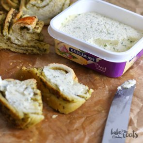 Pesto Bread | Bake to the roots