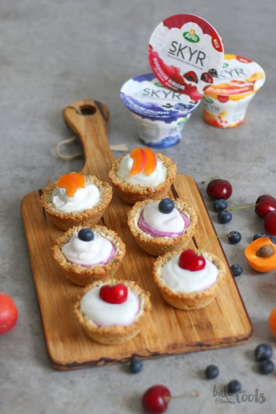 Cookie Cups with Skyr   Bake to the roots
