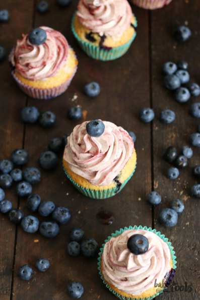 Blueberry Cupcakes   Bake to the roots
