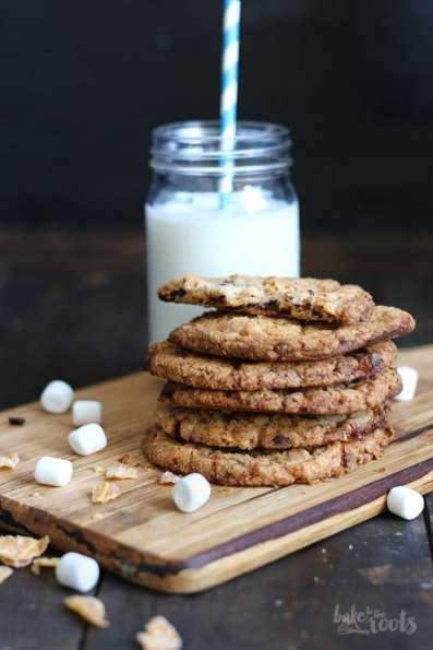 Chocolate Chip Cornflake Crunch Cookies   Bake to the roots