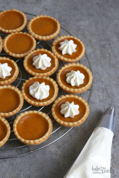 Mini Pumpkin Pies   Bake to the roots