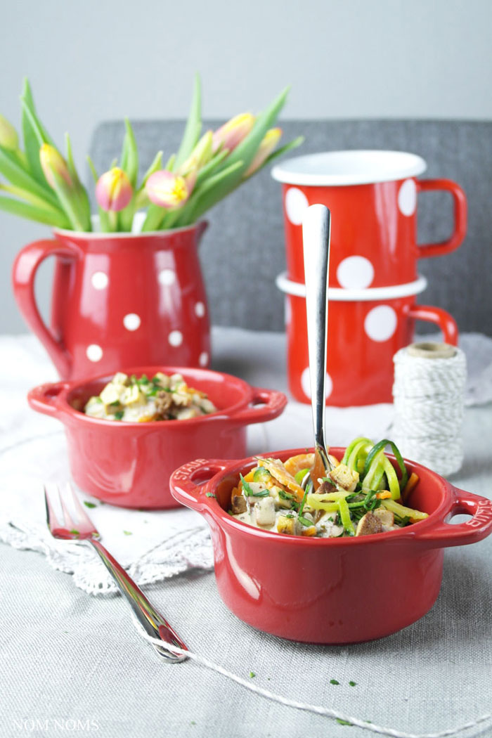 Gemüse-Spaghetti mit veganer Carbonara | Nom Noms Food