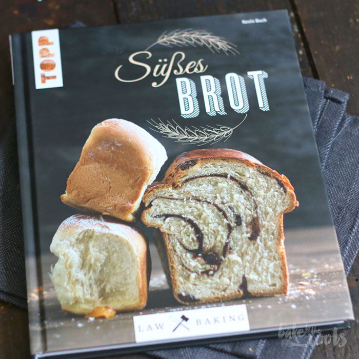 Buchten mit Rhabarber Ingwer Kompott | Bake to the roots