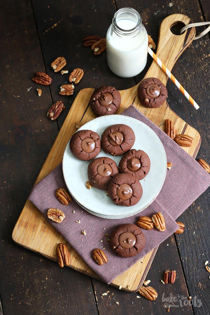 Chocolate Pecan Thumbprint Cookies | Bake to the roots