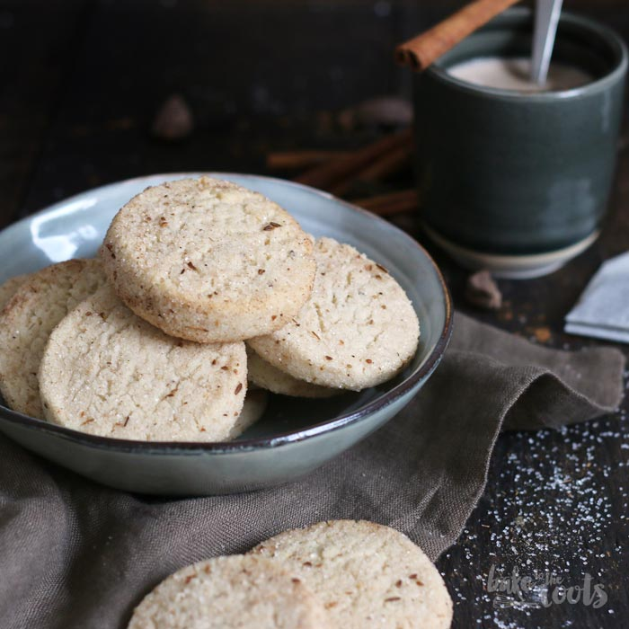 Chai Latte Cookies | Bake to the roots