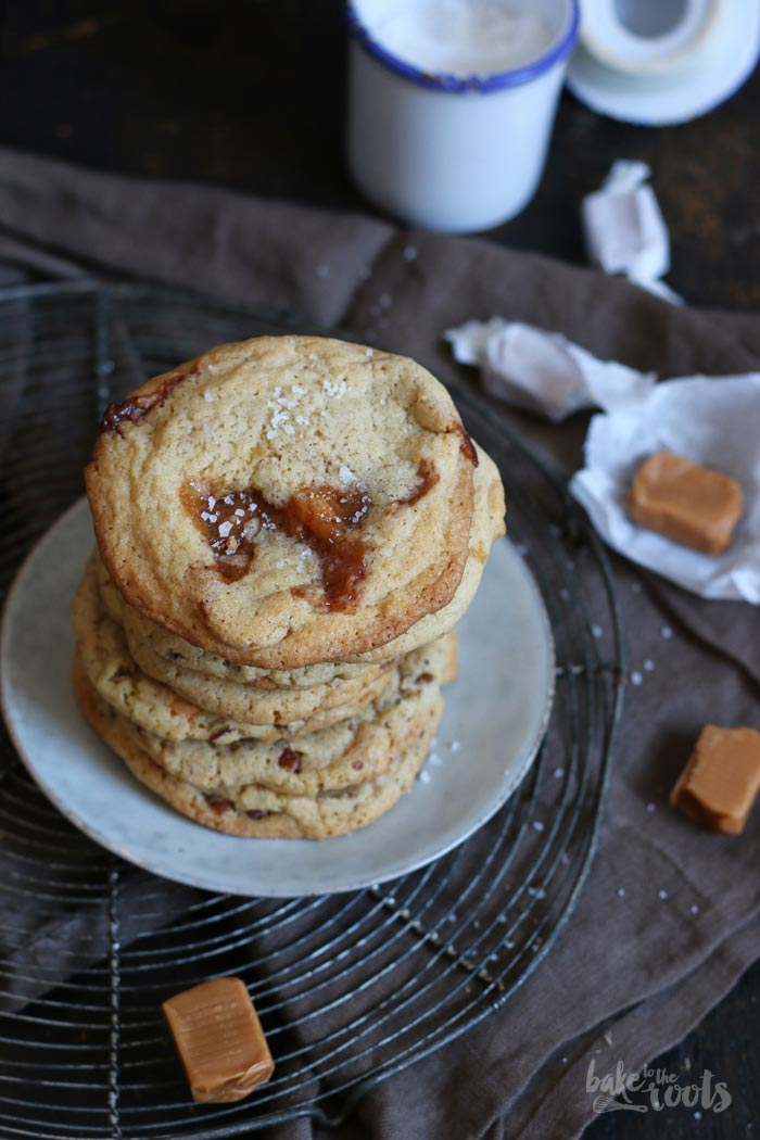 Salted Caramel Cookies | Bake to the roots