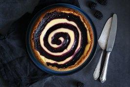 White Chocolate Blackberry Swirl Cheesecake | Bake to the roots