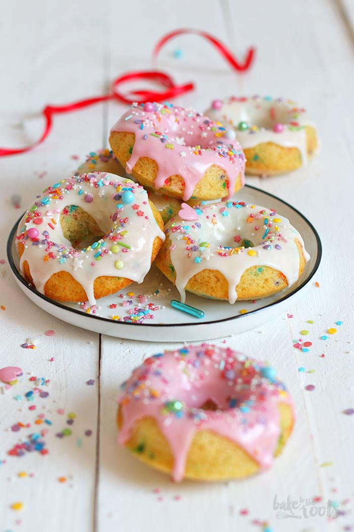 Funfetti Baked Donuts | Bake to the roots