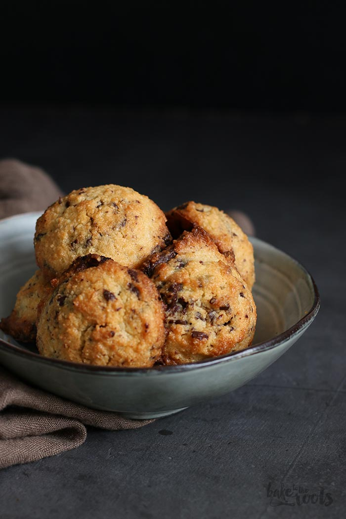 Sugar-Free Chocolate Chip Cookies | Bake to the roots