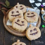 Jack O'Lantern Cookies | Bake to the roots