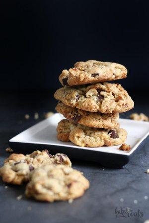 Chunky Walnut Chocolate Chip Cookies