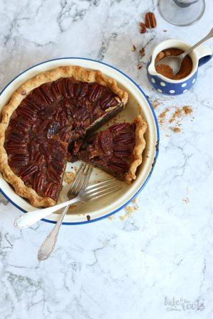 The Best Classic Pecan Pie