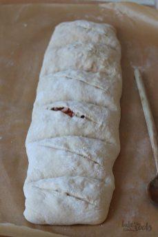 Handbrot mit Speck und Käse | Bake to the roots