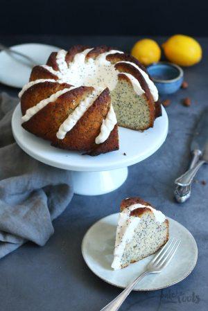 (Keto) Zitrone Mohn Gugelhupf (zuckerfrei & glutenfrei)