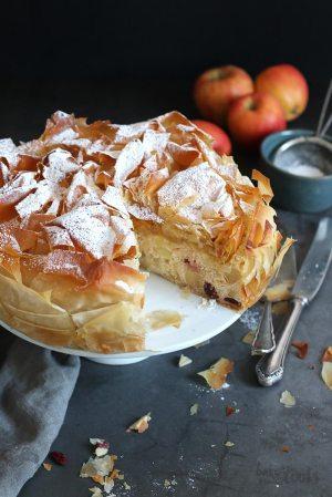 Apple Strudel Cake