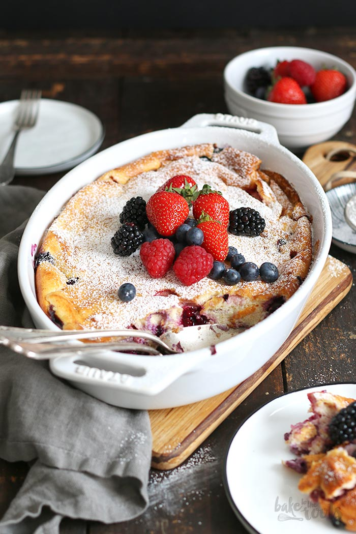 Quark Mascarpone Grießauflauf mit Beeren | Bake to the roots