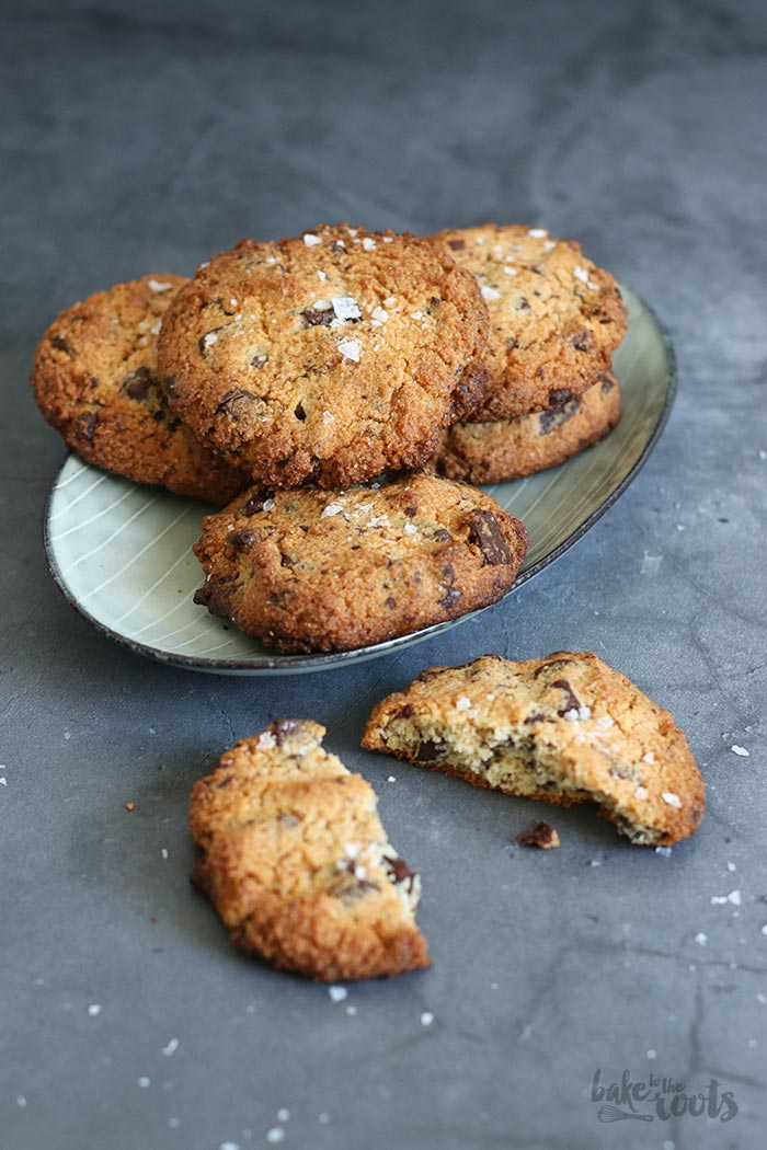 Gluten-Free Salted Chocolate Chip Cookies | Bake to the roots