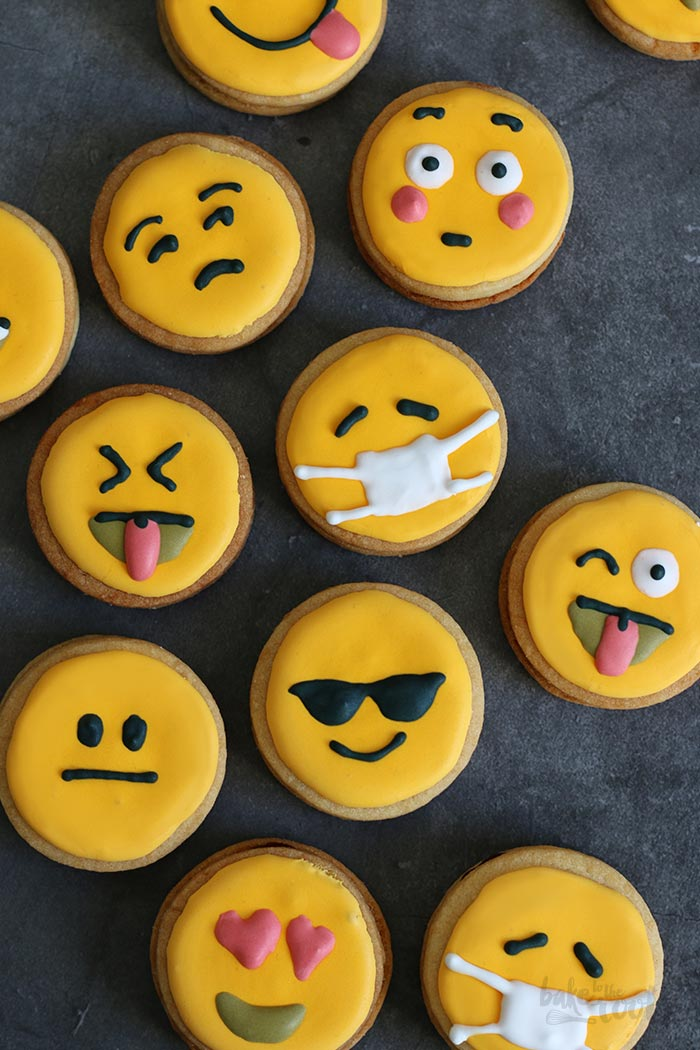 Emoji Sandwich Cookies | Bake to the roots