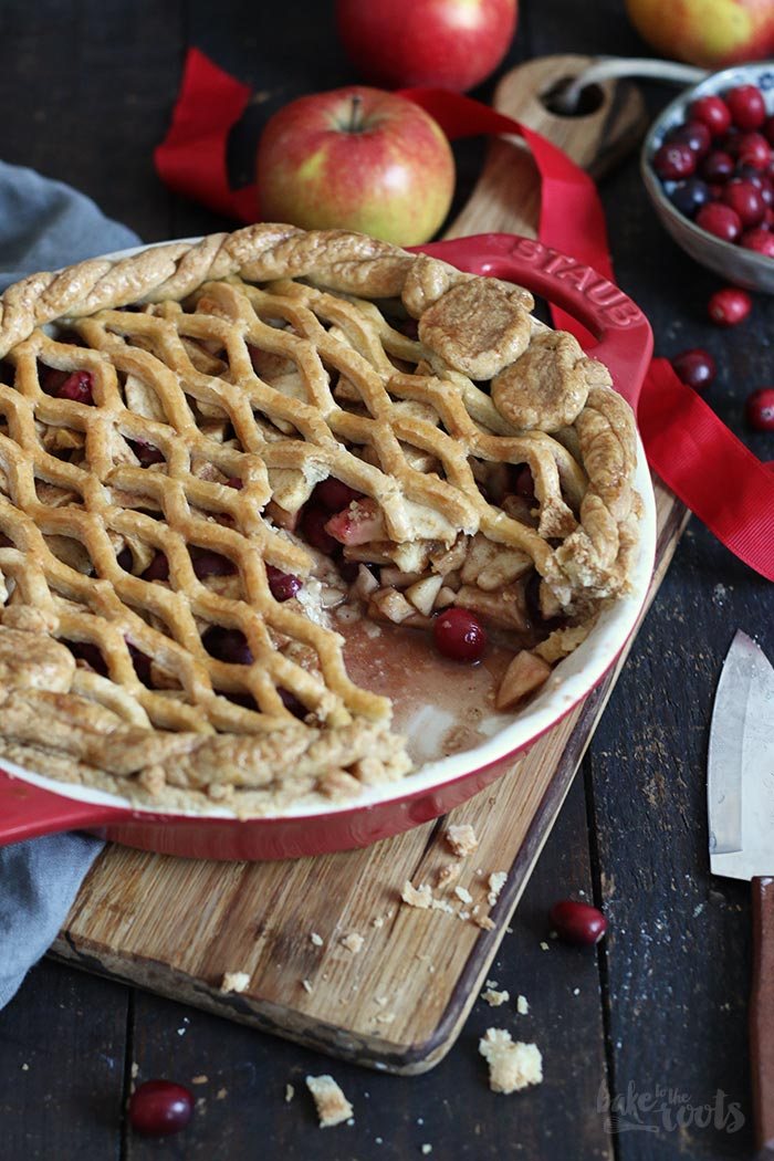 Apple Cranberry Pie | Bake to the roots