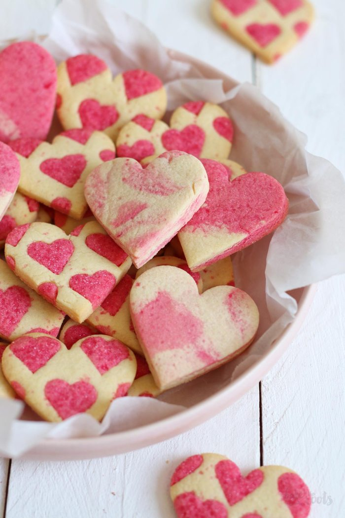 Valentine's Day Heart Cookies | Bake to the roots