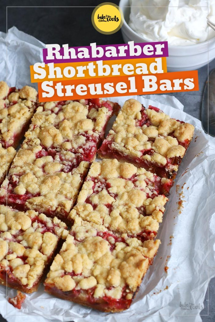 Rhabarber Streusel Shortbread Bars | Bake to the roots
